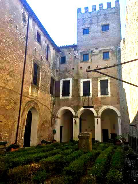 Castello Theodoli 04