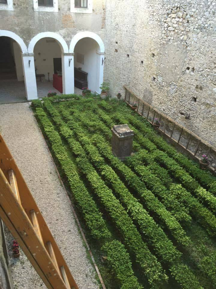 Castello Theodoli 06
